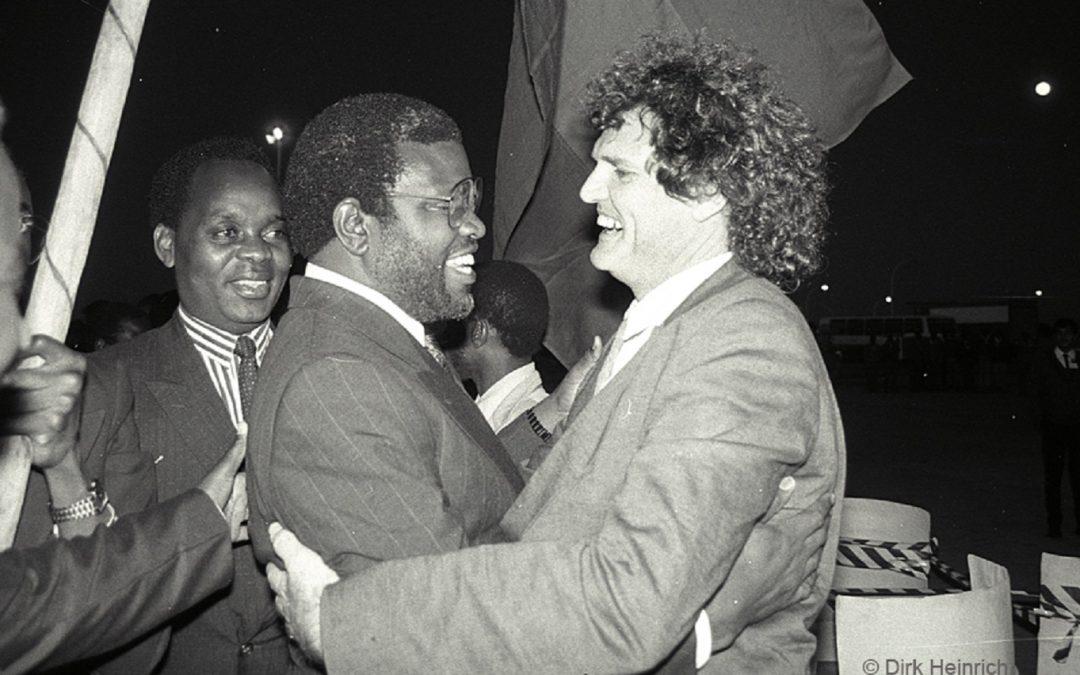Minute archives : Hage Geingob est rentré en Namibie il y a 30 ans